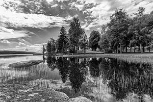 Weerspiegeling. Landschap in Zweden
