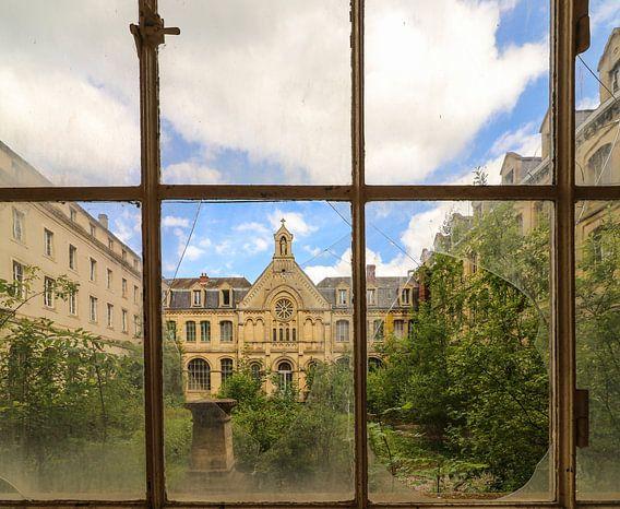 Een verlaten ziekenhuis in Frankrijk