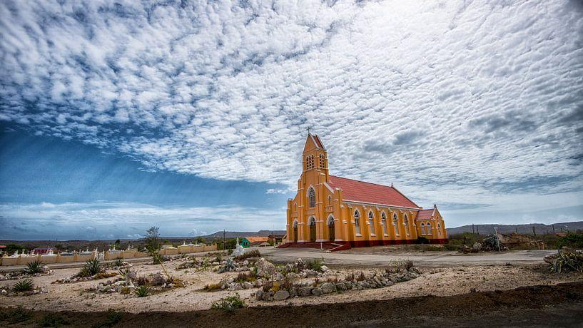 Kerk bij Sint Willibrordus, Curacao van Keesnan Dogger Fotografie