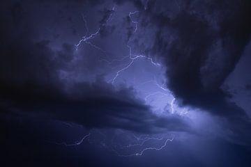 Blitze in der Luft von Remco Ditmar