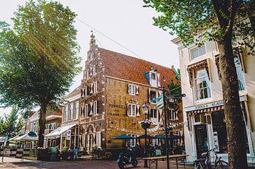 Historisch pakhuis in Harlingen, Friesland van Daphne Groeneveld