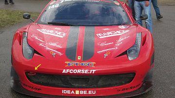 voorkant van een Ferrari van Olivier Ozinga