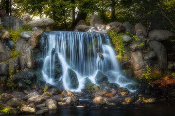 Wasserfall in Sonsbeekpark von Tim Abeln