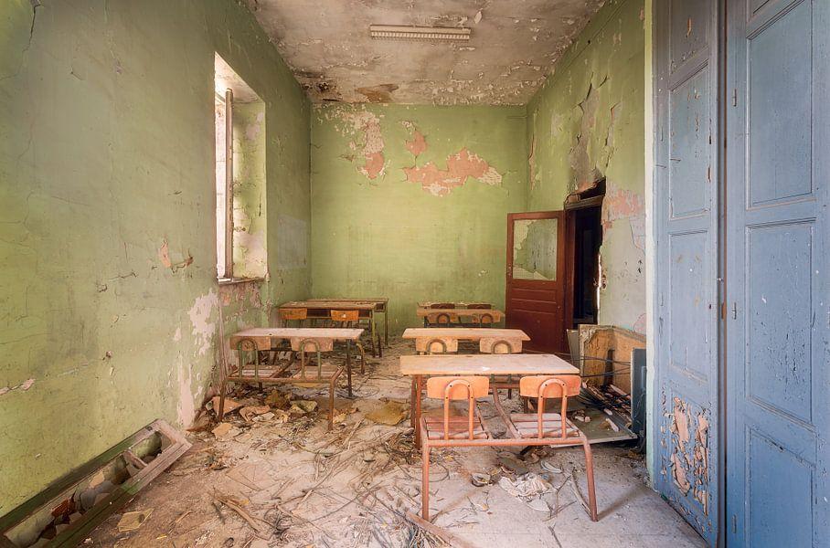 Zitten in de Schoolbanken. van Roman Robroek