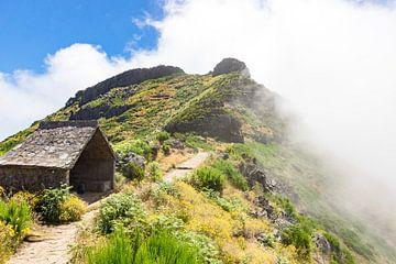 Berghut op Madeira van Michel van Kooten