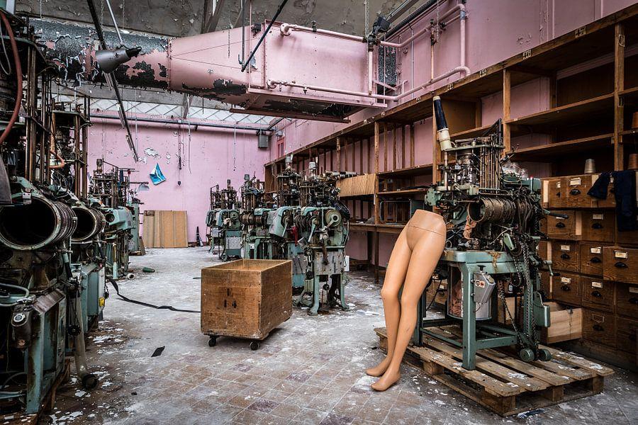Halve paspop in fabriek van Inge van den Brande