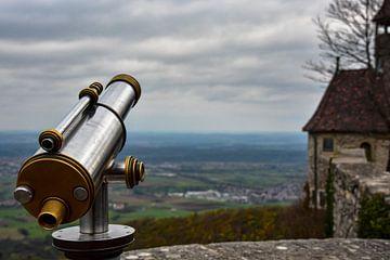 Telescoop bij Teck Castle van Nadine Rall