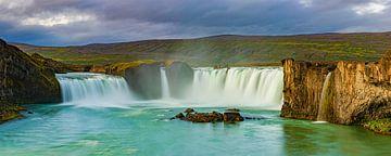 Panorama Waterval de Godafoss, IJsland van Henk Meijer Photography