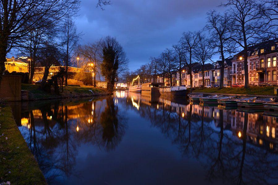 Wittevrouwensingel in Utrecht van Donker Utrecht