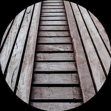 Steiger houten planken van Stijn Cleynhens