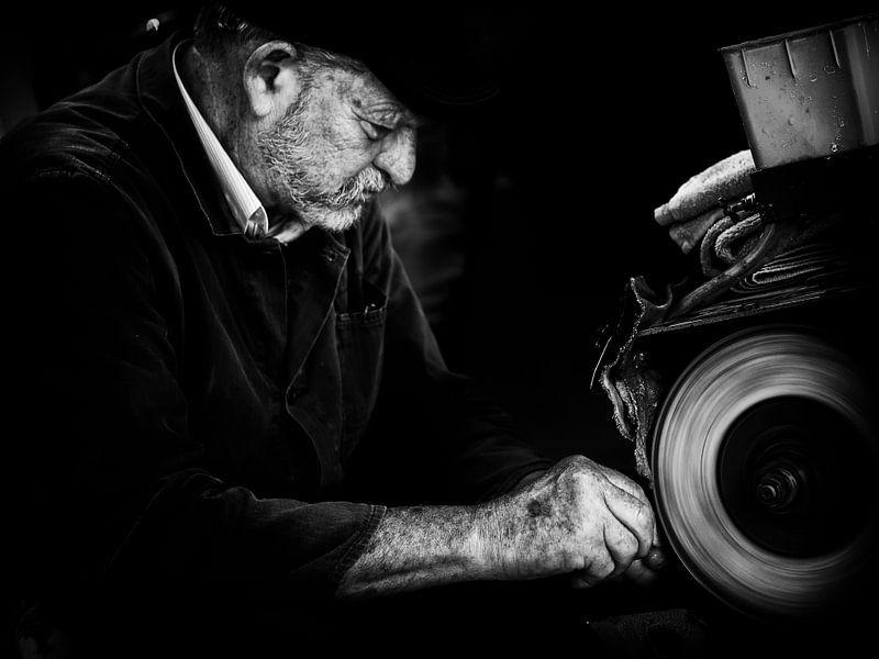 Man at work van Lex Schulte