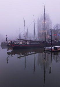 Oude haven in de mist