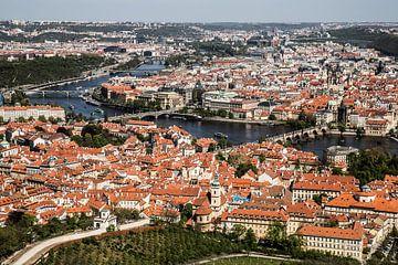 Vue sur Prague depuis la Tour de Petrin sur Marcia Kirkels