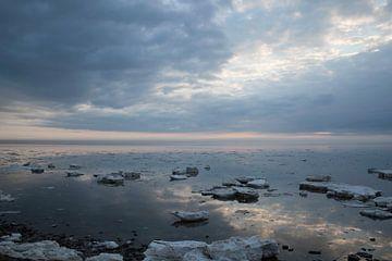 Eisschollen im Wattenmeer von Johan Habing