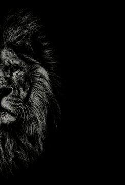 Löwe schwarz-weiss mit Titel: Die Bestie - Eindrucksvolles Porträt - Löwenbild - Gemälde - Malerei - von Hendrik Jonkman