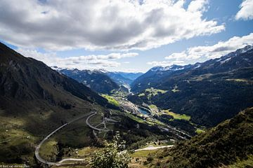 Uitzicht Gotthardpas van Bart van der Heijden