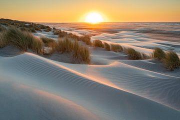 Sonnenuntergangsstrand Ameland - Natürliches Ameland von Anja Brouwer Fotografie