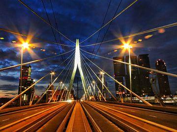 Rotterdam in de nacht van David Spaans