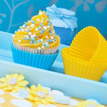 blauw gele cupcake setting van