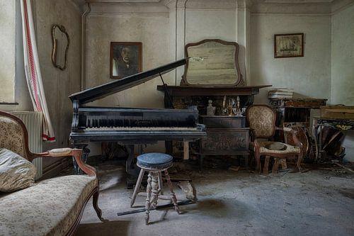 De verlaten piano van Truus Nijland
