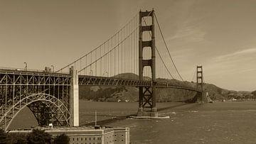 Golden Gate Bridge van