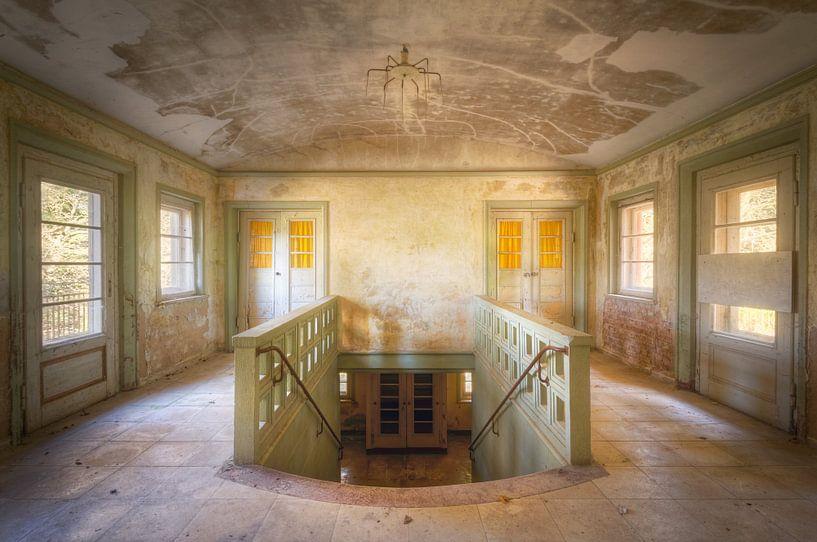 Trappenhuis. van Roman Robroek