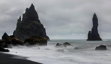 Reynisfjara zwarte zand strand van Daan Kloeg