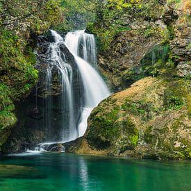 Waterval in Slovenië van Michael Valjak