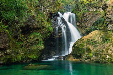 Chute d'eau en Slovénie sur Michael Valjak