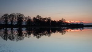 Zonsondergang in het Haaksbergerveen van Art Wittingen
