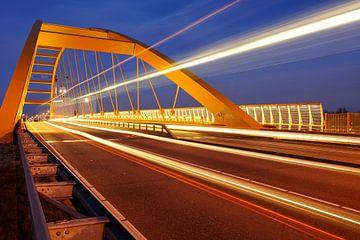 Die Hogeweid Brücke in Utrecht von Donker Utrecht