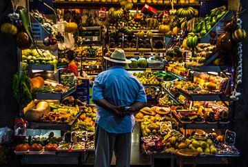 Kleurrijk marktstalletje van Hugo Braun