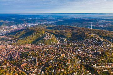 Vlucht over Stuttgart-Oost van Werner Dieterich