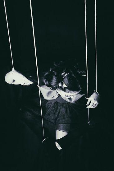 Hanging in there van Leanne lovink
