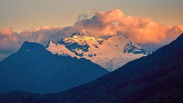 Zonsopkomst zuidelijke alpen, Nieuw-Zeeland van Henk Meijer Photography