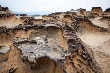 Yehliu Geopark: een heel veld met rots-erosies, Taiwan van Kees van Dun