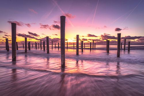Sunset tranquility van Costas Ganasos