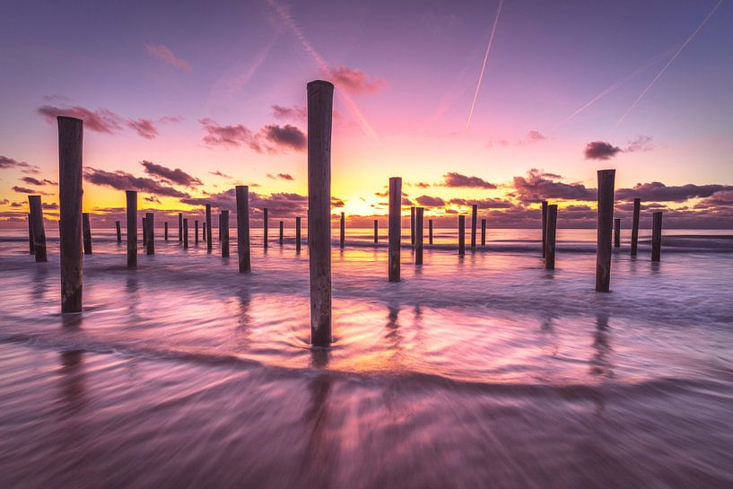 La tranquillité du coucher de soleil sur Costas Ganasos
