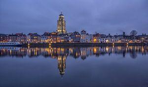 Deventer Skyline met Lebuïnuskerk in de avond - 2