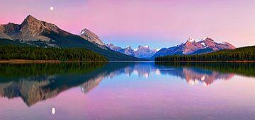 Maligne Lake, Yan Zhang von 1x