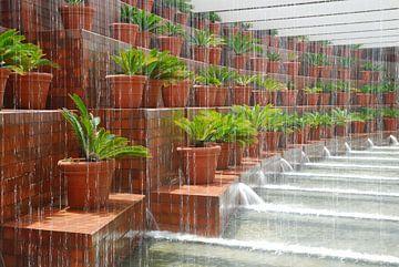 Rain in Barcelona van Herman Moor