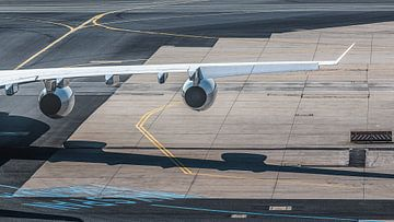 Tragfläche eines Flugzeugs von Thomas Heitz