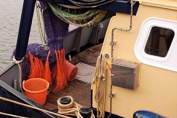 Pêche dans le port d'IJmuiden I Industriel I Impression couleur vintage