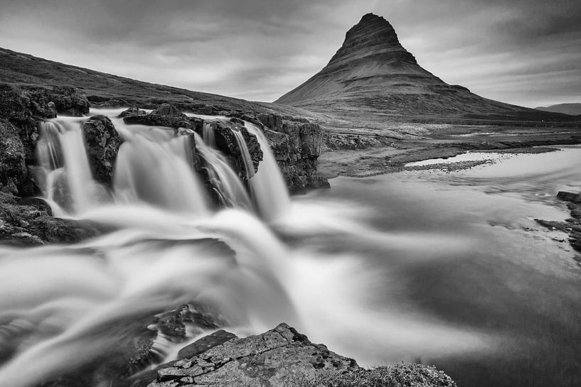 Kirkjufellsfoss waterval van Menno Schaefer