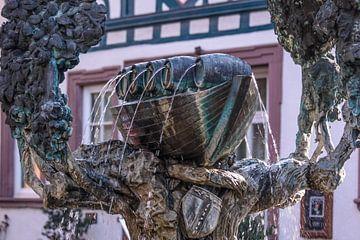 Weinschiff-Brunnen in Eltville im Rheingau sur Christian Müringer
