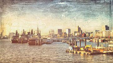 Hamburg, Blick auf die Landungsbrücken von Heiko Westphalen