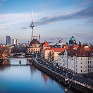 Île du musée Skyline de Berlin sur Jean Claude Castor