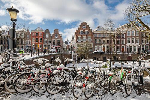 Oudegracht met Geertebrug in winterse sferen, Utrecht