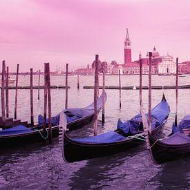 La Basilique Saint-Marc, le Palais des Doges ou le Carnaval de la ville de Venise pour une décoration intérieure romantique.