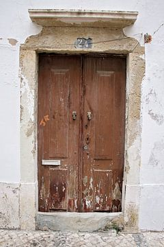 verweerde houten deur von